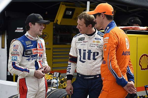 nascar-cup-bristol-2017-ryan-blaney-wood-brothers-racing-ford-brad-keselowski-team-penske